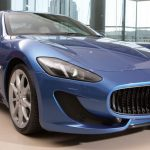 Hombre roba un Maserati durante una prueba de manejo