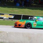 Tres podios para el piloto puertorriqueño y su Porsche 911