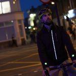 Ford crea chaqueta inteligente por la seguridad de los ciclistas