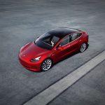 Policía de California se las ingenia para frenar un Tesla