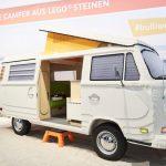 Una guagua VW «camper» hecha en LEGO