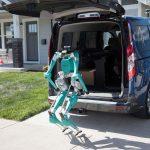 Ford trabaja en un robot para hacer entregas autónomas